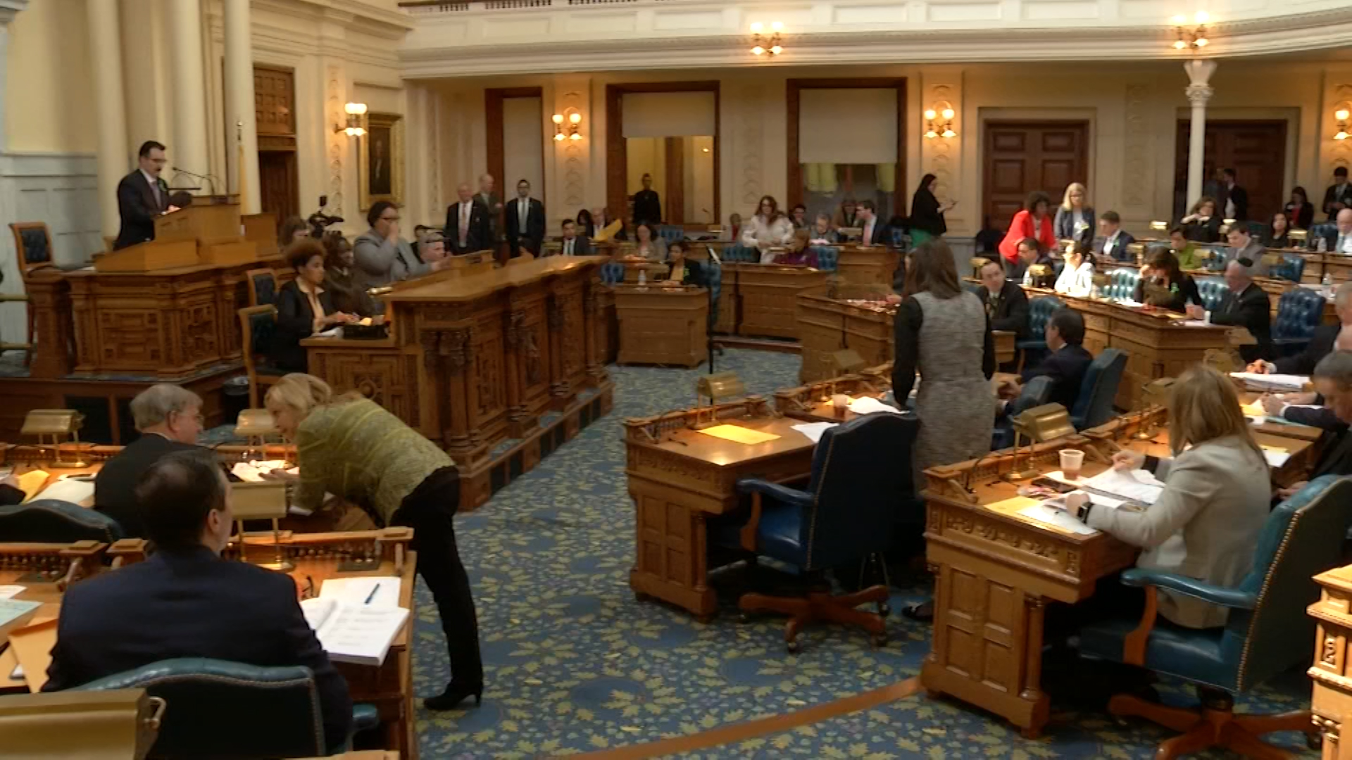 Assembly Approves Opioid Antidote Bill, One Requiring Tax Returns from Presidential Candidates